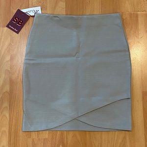 NWT Aritzia Sunday Best Primrose Skirt Grey XXS